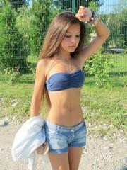 pimpandhost girl