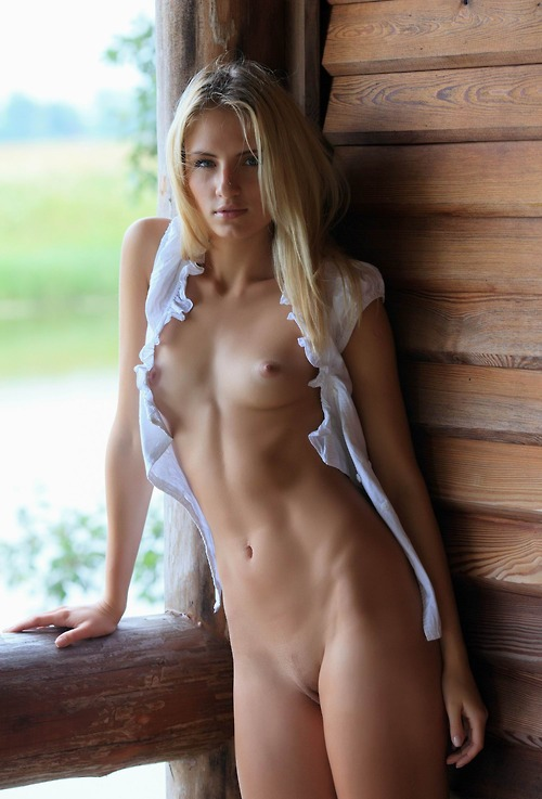 Classy nude blondes
