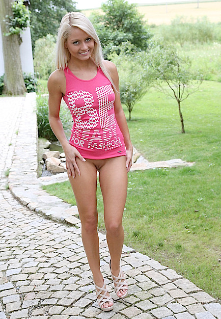 celebrity-perfect-young-pussy-sex-the
